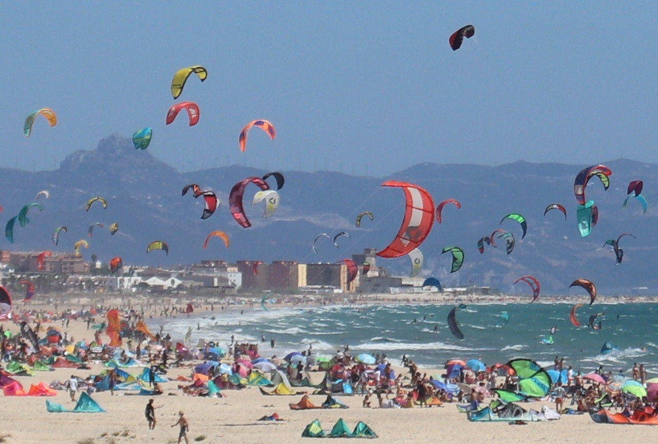 kitesurf city Tarifa Photo HNK