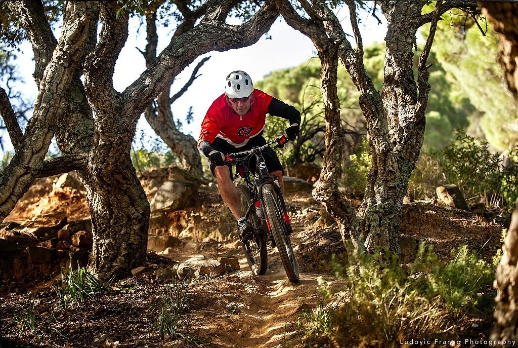 Why Is Enduro Mountain Biking In La Peña Such A Big Deal